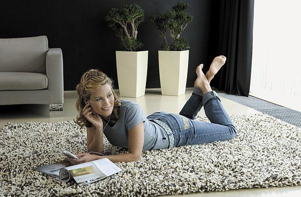 ein gr ner akzent im schlafzimmer greenspired. Black Bedroom Furniture Sets. Home Design Ideas