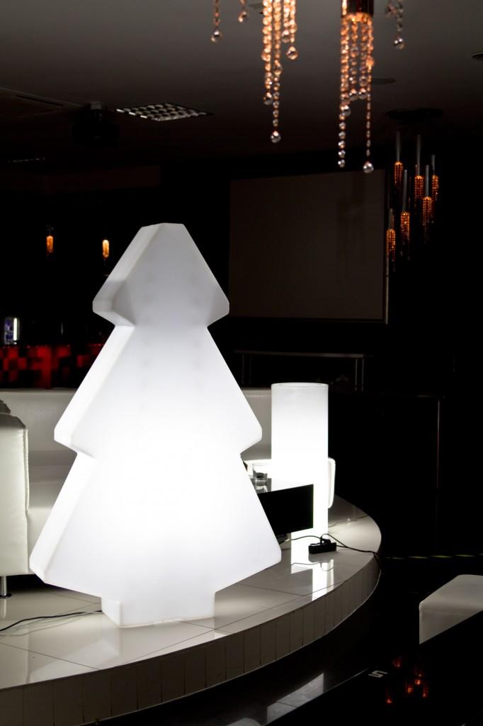 beleuchten sie ihr weihnachten greenspired. Black Bedroom Furniture Sets. Home Design Ideas