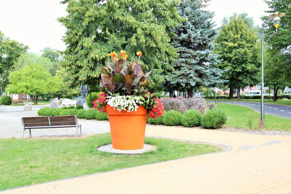Blumentopf-Gianto-Park-1