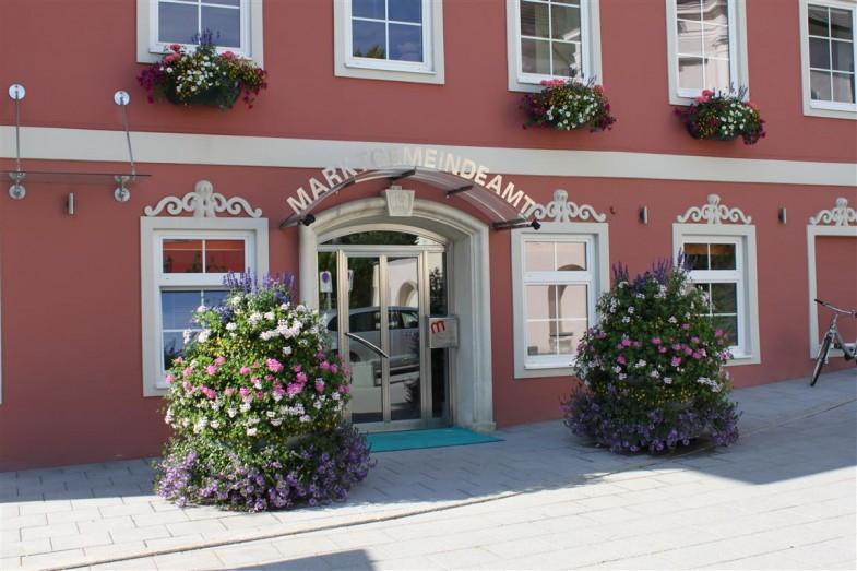 Blumen in Kleinstadt