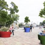 Ein Stadtmöbel, ein Blumentopf oder eine Dekoration?