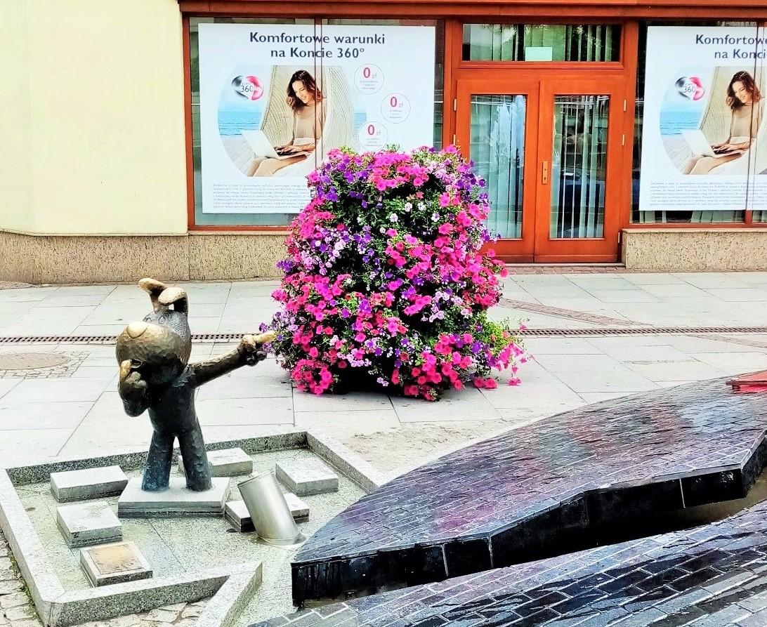 Blumen in der Stadt voller Märchen