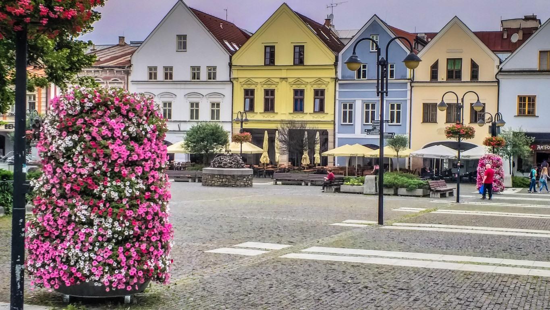 Ein Spaziergang durch den Marktplatz Mariánske námestie